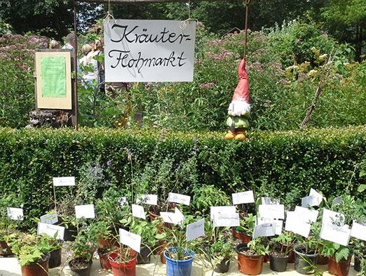 Kräuter-Flohmarkt auf dem Möglinger Kräutergartenfest